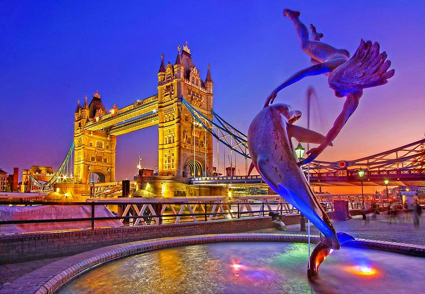 Die Tower Bridge im Stadtzentrum - Im Untergeschoss befindet sich ein Museum zur Brückengeschichte (© Julius Silver - Pixabay)