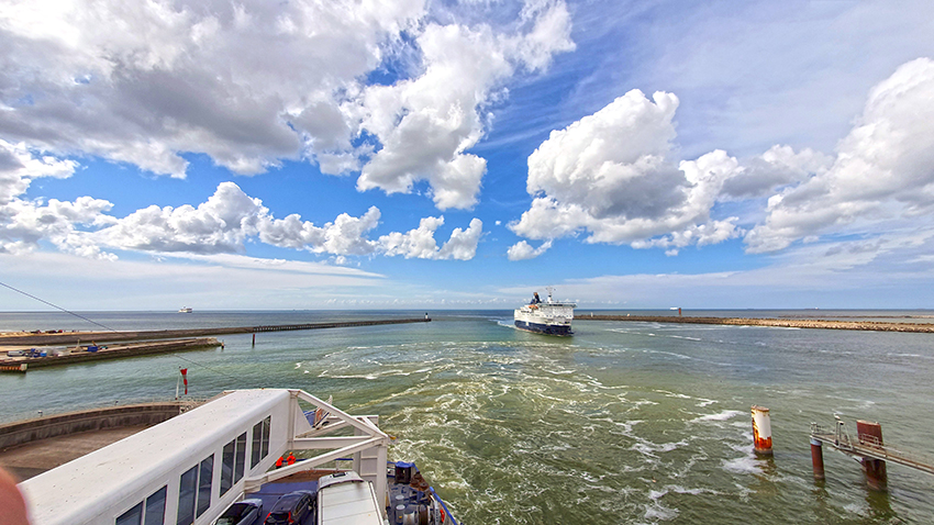 Die Fähre von Calais nach Dover (© charlemagne  - Pixabay)