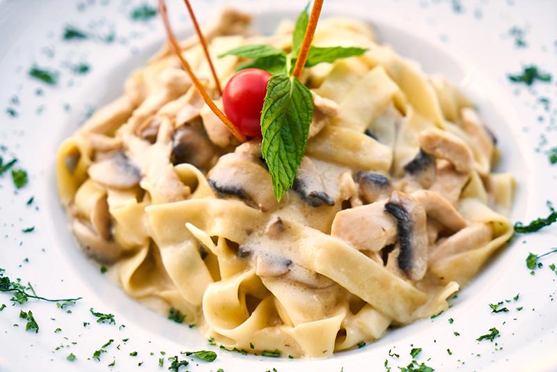 Pasta (© Engin_Akyurt - Pixabay)